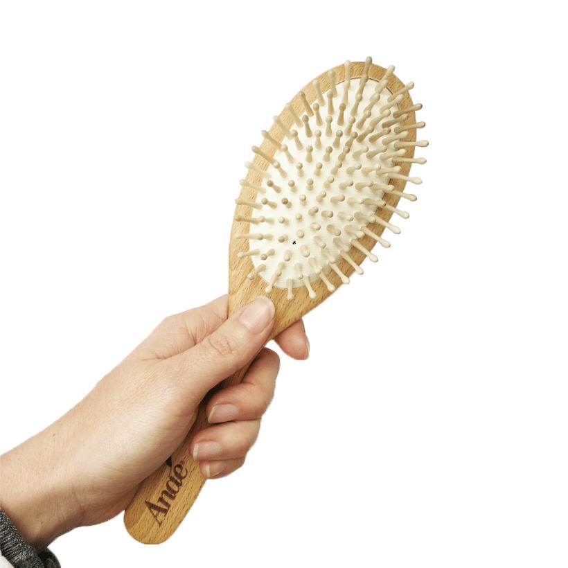 https://mindthetrash.pt/wp-content/uploads/2018/12/Hair_Brush_Ecodis_02_Mind_the_Thash-min.png
