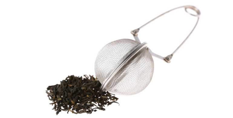 Plástico na saqueta de chá